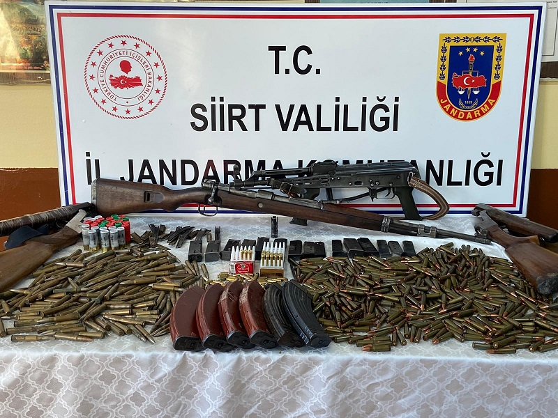 Jandarma Silah Kaçakçılarına Geçit Vermedi