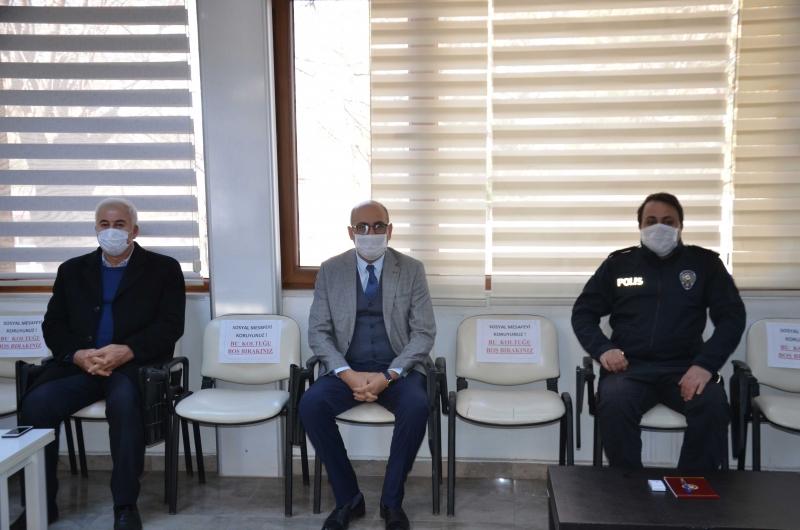 Kurtalan İlçe Kaymakamı ve Belediye Başkanı Esnaf ile Toplantı Yaptı
