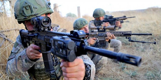 PKK terör örgütüne üye olmaktan aranan 4 kişi yakalandı