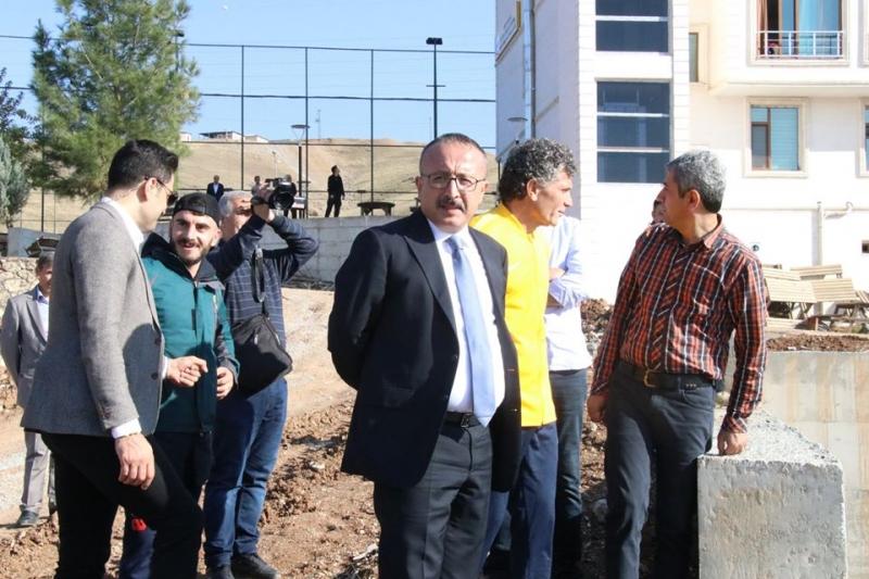 Siirt Valisi Ali Fuat Atik,  Spor tesislerinde inceleme yaptı