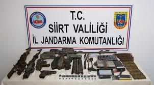Siirt'te etkisiz hale getirilen 5 teröriste ait silah ve mühimmat ele geçirildi