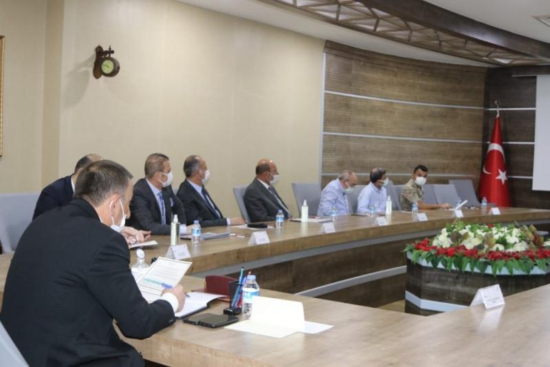 Siirt'te Pandemi Değerlendirme Toplantısı Yapıldı