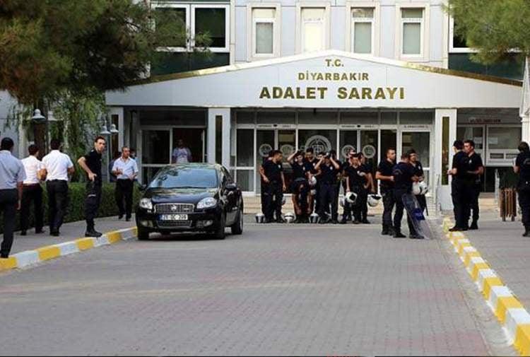Siirt'te Terör soruşturmasında gözaltına alındılar