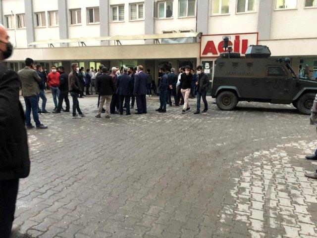 Siirt'te traktör devrildi: 1 ölü, 4 yaralı