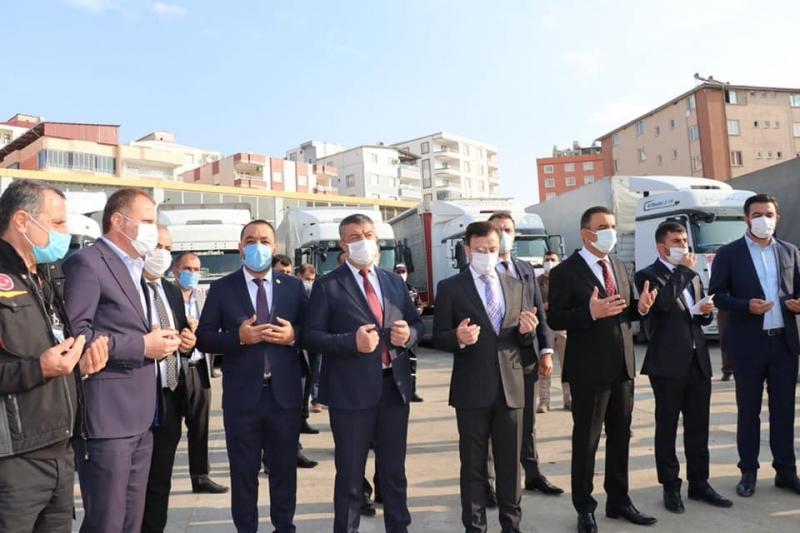 Siirt'ten, İzmir'e 10 TIR yardım malzemesi