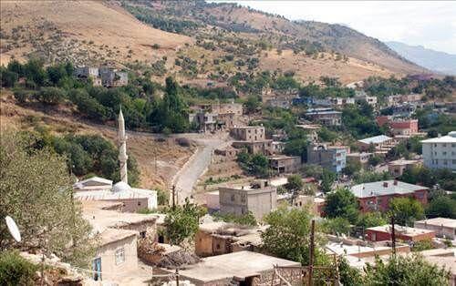 Şirvan Akgeçit köyü korona virüs nedeni ile karantinaya alındı