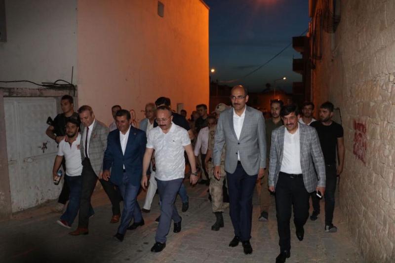 Vali Ali Fuat Atik, Kayabağlar beldesinde vatandaşlarla bir araya geldi