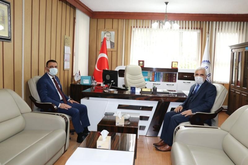 Vali Hacıbektaşoğlu, kamu kurumlarını denetledi
