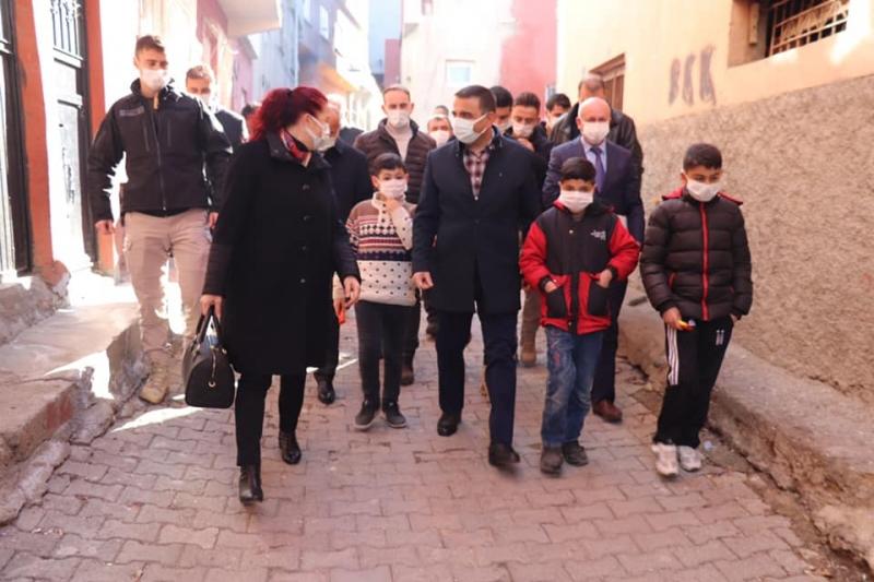 """Vali Hacıbektaşoğlu, """"Bu şehirde ulaşamadığımız kimse kalmasın istiyoruz."""""""