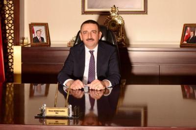 """Vali Hacıbektaşoğlu'ndan Vatandaşlara Çağrı, """"Herkesin Kurallara Katı Bir Şekilde Uymasını İstirham Ediyorum"""